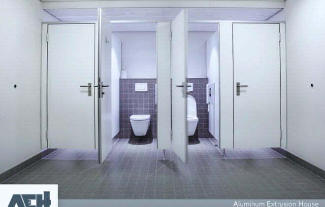 باب حمامات الوميتال افضل الانواع والاشكال مع بيت الألومنيوم